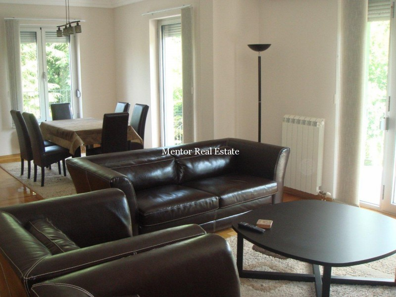 banovo brdo 140m2 luksuzan stan za izdavanje. Black Bedroom Furniture Sets. Home Design Ideas