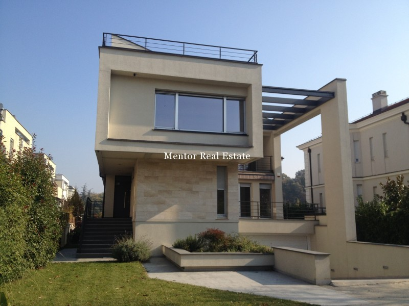 Banovo brdo450sqm house for rent (56)