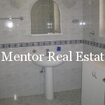 Dedinje 300sqm unfurnished house for rent (25)