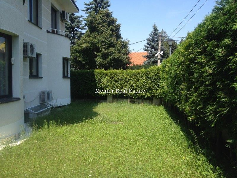 Dedinje 320sqm house for rent (26)