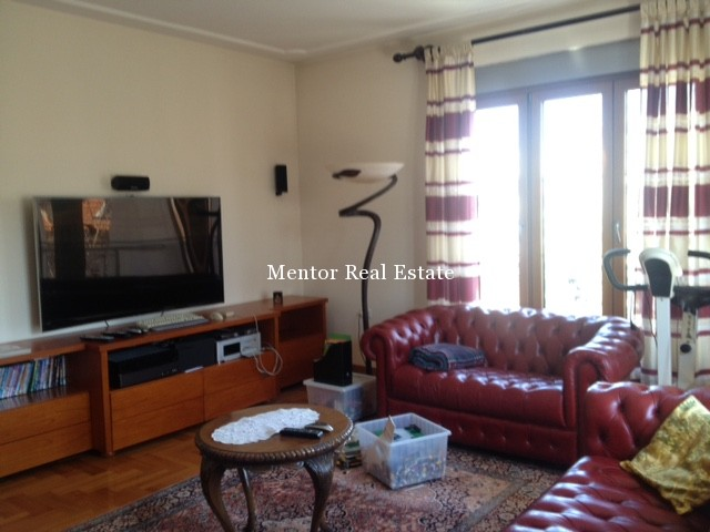 Lekino brdo 320sqm house for rent (2)