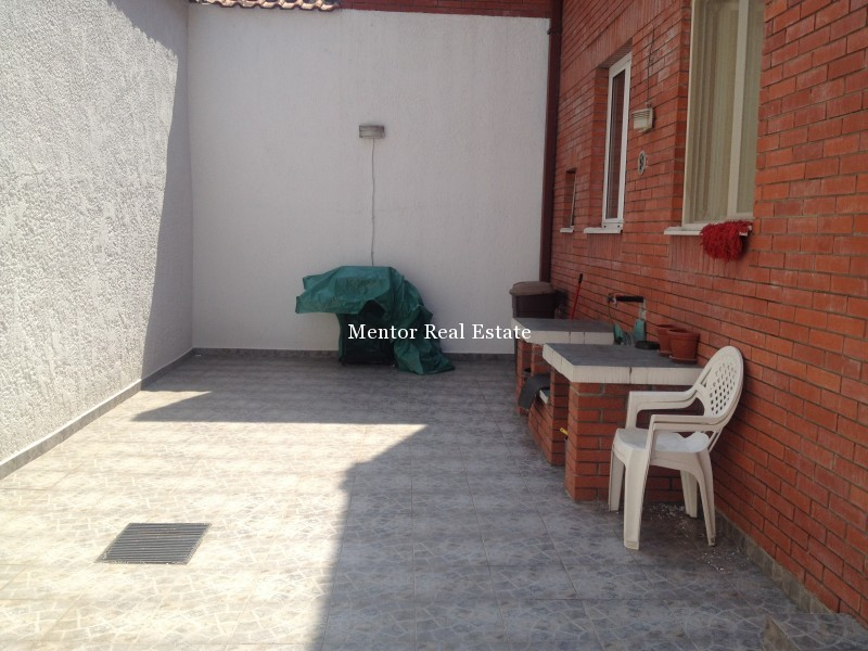 Vračar 550sqm house for rent (19)