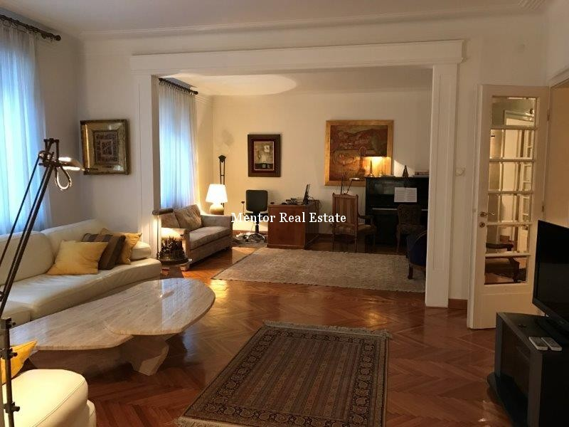 centre-125sqm-apartment-for-rent-10