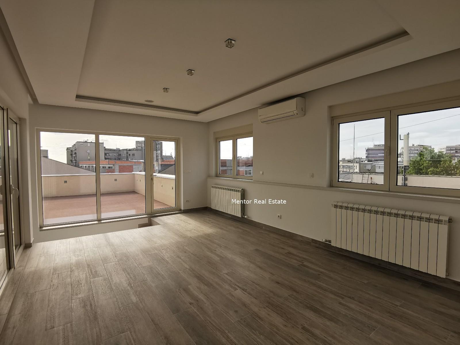 Vračar 380sqm penthouse for sale