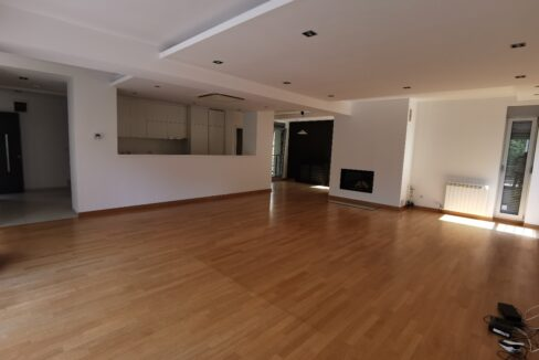 Banovo brdo house for rent