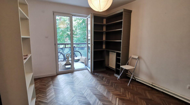 Centre 90sqm apartment for rent (10)