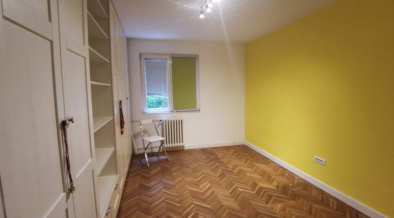 Centre 90sqm apartment for rent (18)