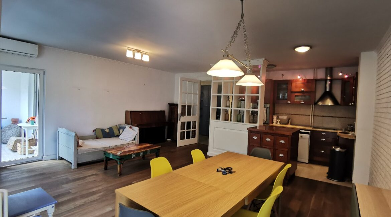 Centre 90sqm apartment for rent (3)