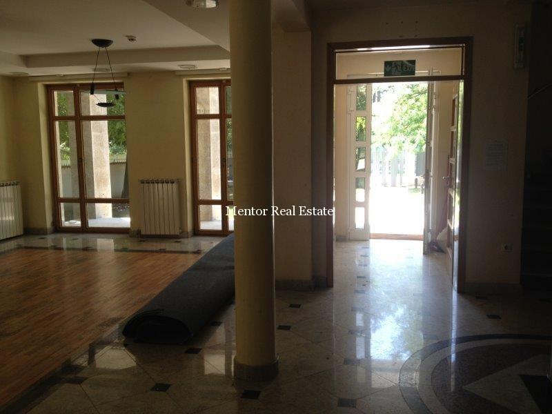 Dedinje 1200sqm luxury house for rent (11)