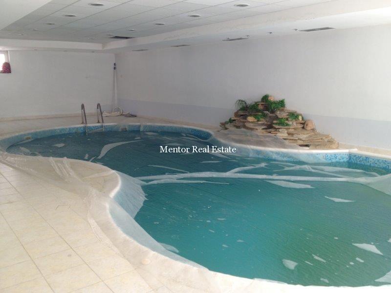 Dedinje 1200sqm luxury house for rent (33)