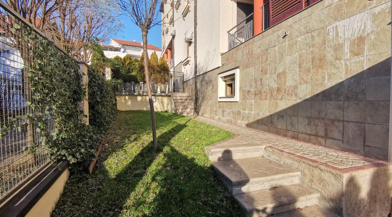 Dedinje 160sqm apartment with garden for rent (18)