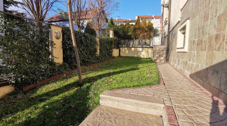 Dedinje 160sqm apartment with garden for rent (22)