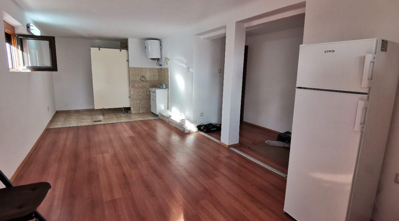 Dedinje 160sqm apartment with garden for rent (23)