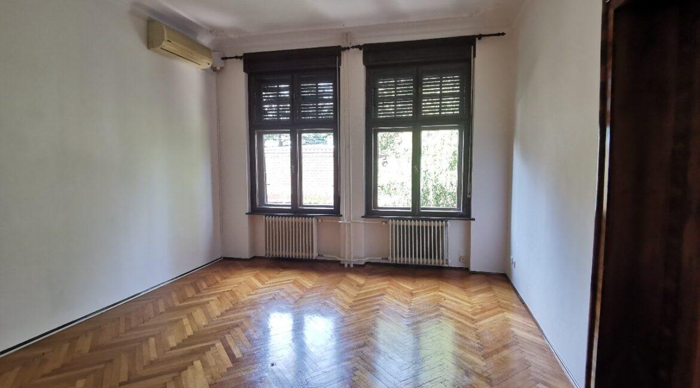 Dedinje 180sqm with garden for rent (12)