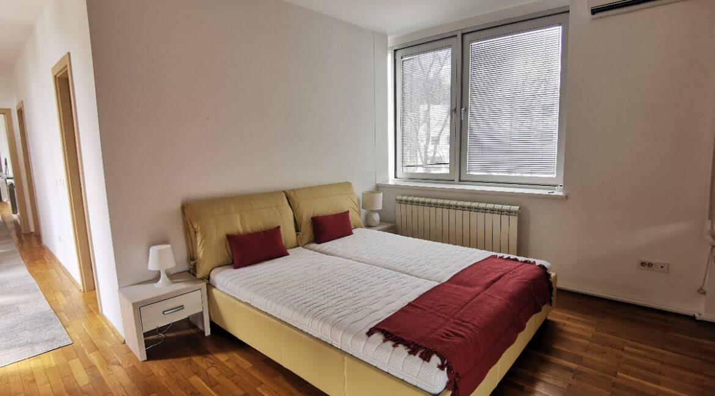Dedinje 200sqm apartment for rent (29)