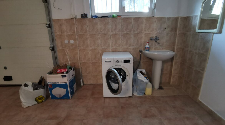 Dedinje 220sqm house for rent (17)