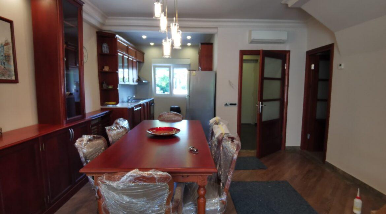 Dedinje 220sqm house for rent (24)
