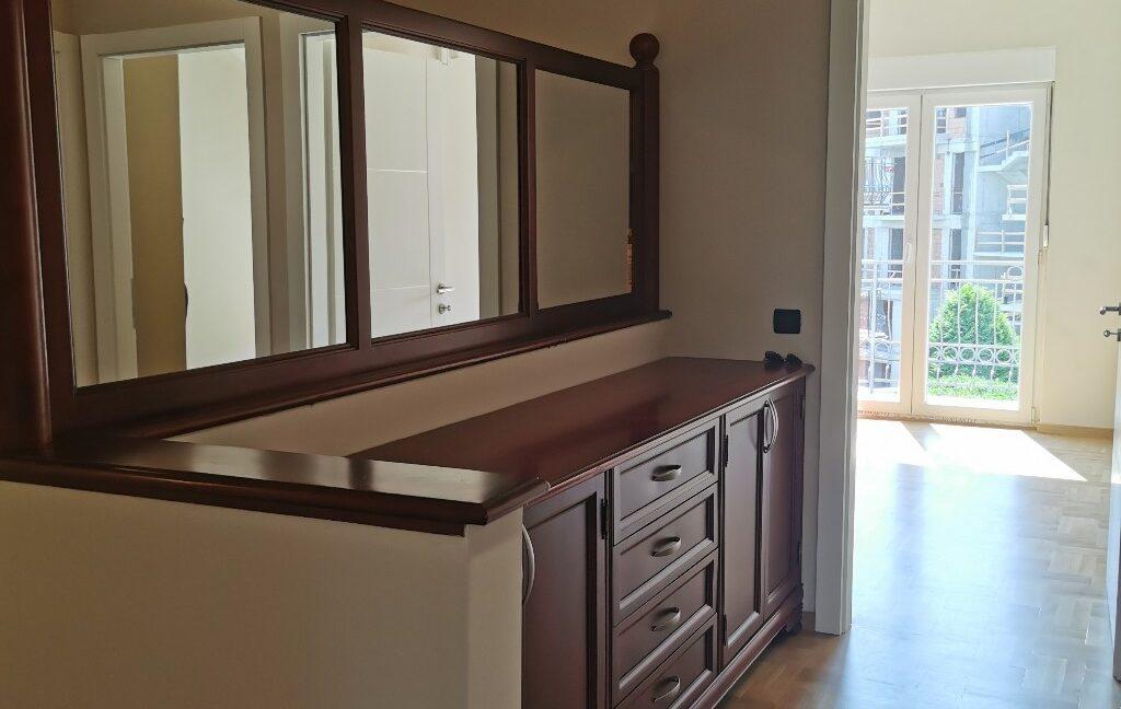 Dedinje 220sqm house for rent (42)