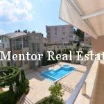 Dedinje 251m2 apartment for rent (32)