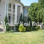Dedinje 300sqm unfurnished house for rent (18)