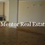 Dedinje 300sqm unfurnished house for rent (23)