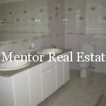 Dedinje 300sqm unfurnished house for rent (29)