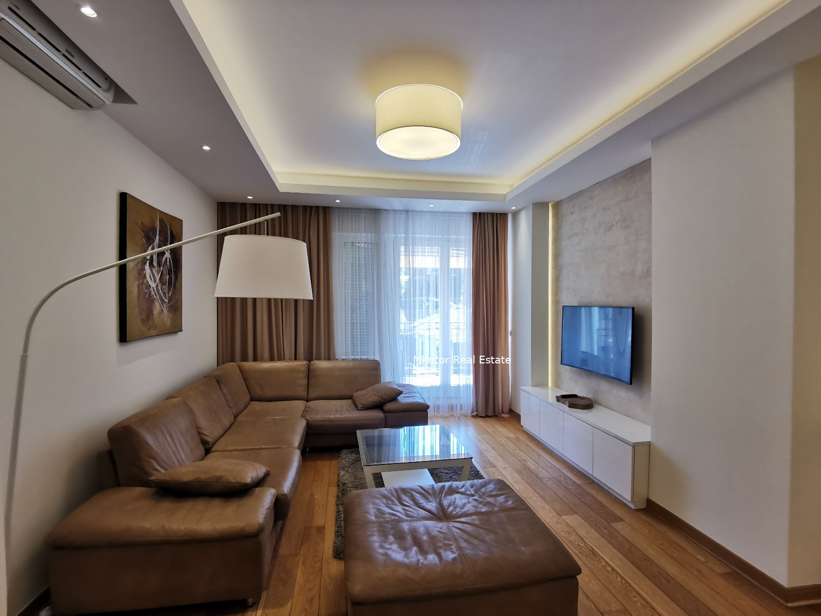 Vracar 110 sqm furnished apartment for rent