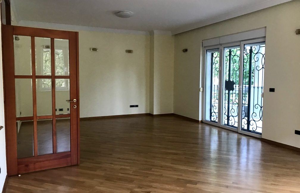 Rent Luxury House Dedinje (11)