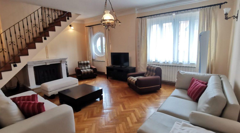 Rent apartment centre (1)