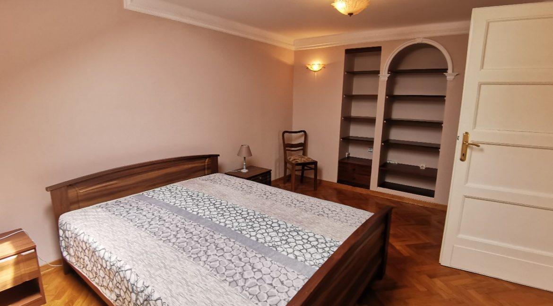 Rent apartment centre (12)