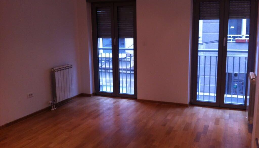 Rent apartment centre (2)