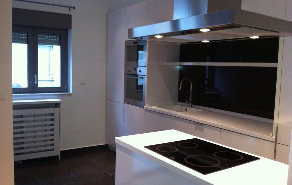Rent apartment centre (4)