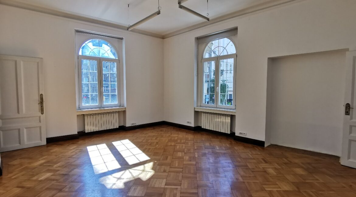 Rent luxury office space (7)