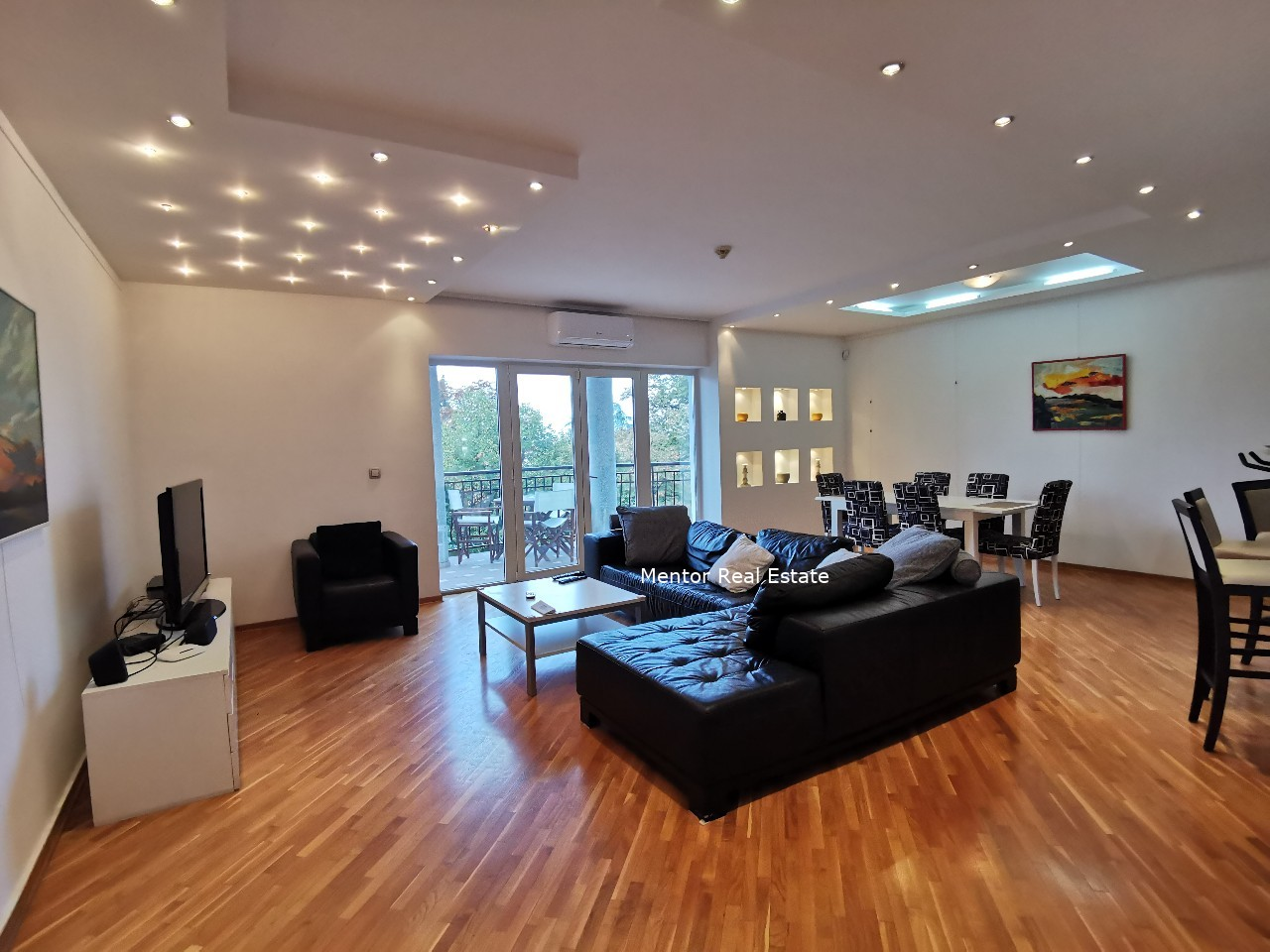 Senjak 120sqm furnished apartment for rent