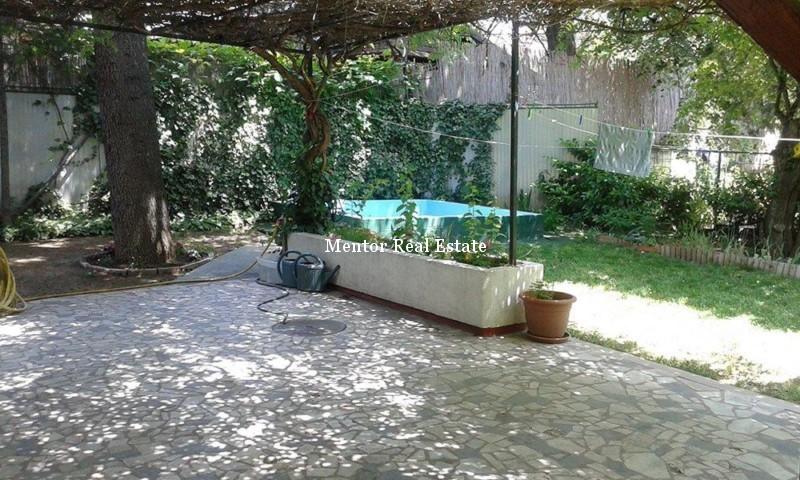 Senjak 250sqm unfurnished house for rent (10)