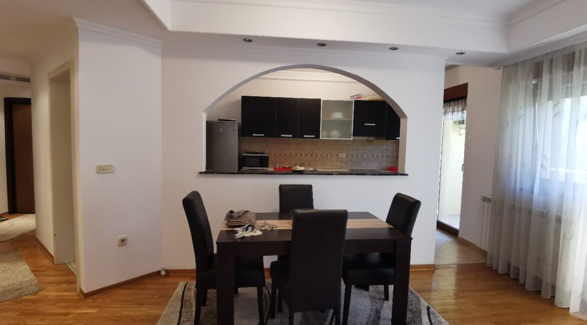 Vozdovac 130sqm apartment for rent (6)