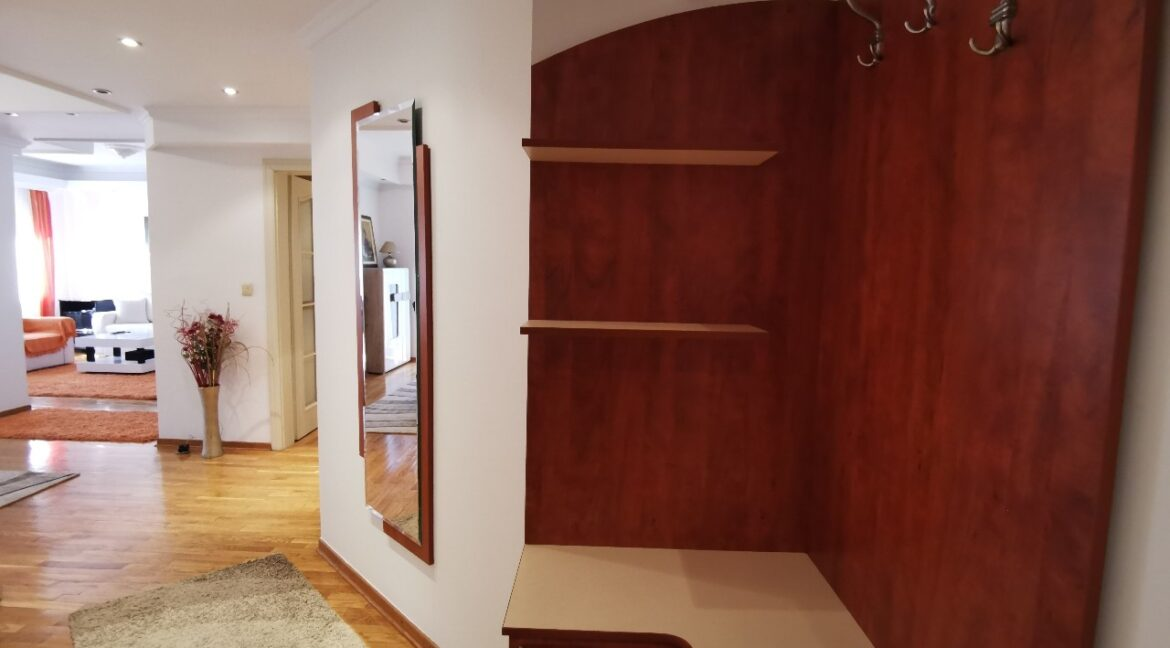 Vozdovac 130sqm apartment for rent (8)