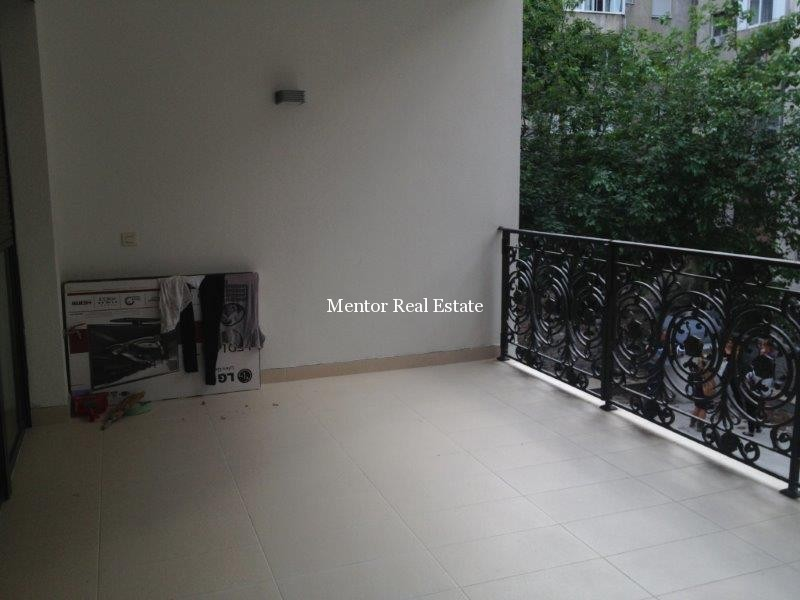 Vračar 110sqm apartment in new building for rent (1)