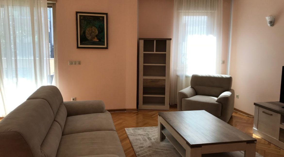 Vračar 160sqm luxury apartment for rent (2)