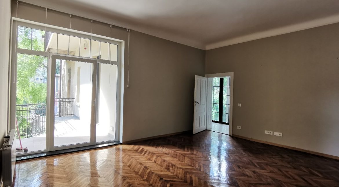 Vračar 180sqm apartment for rent (14)