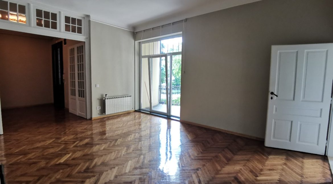 Vračar 180sqm apartment for rent (15)
