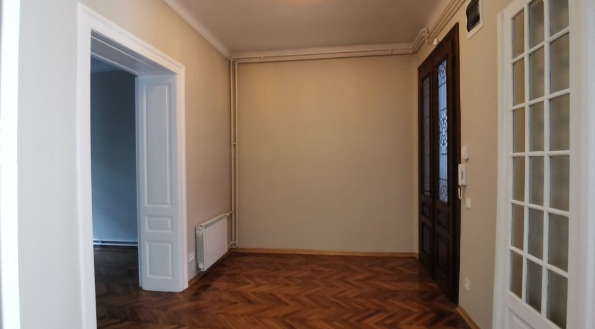 Vračar 180sqm apartment for rent (17)