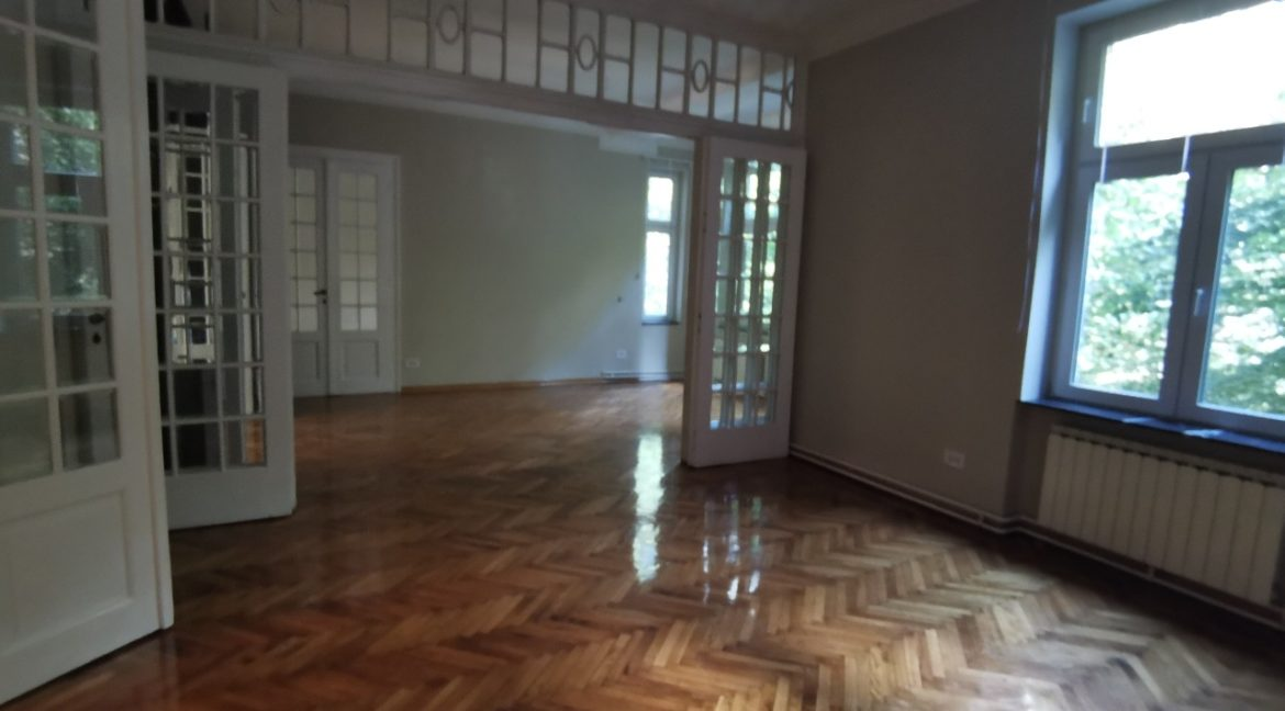 Vračar 180sqm apartment for rent (19)