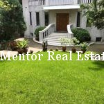 Vračar 280sqm house with garden for rent (28)