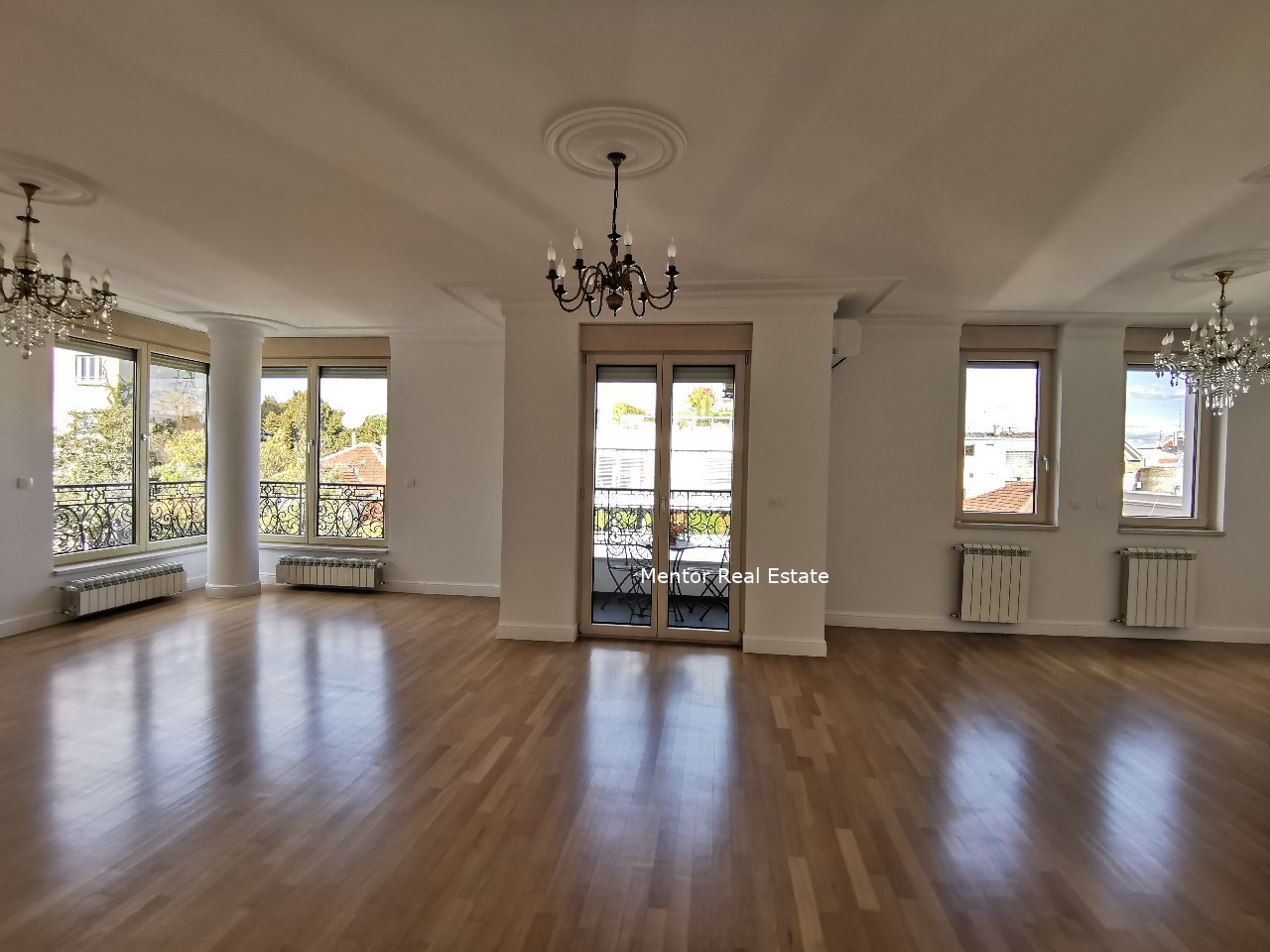 Vračar 220 sqm luxury apartment for rent