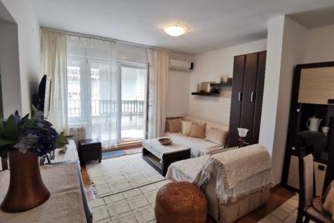Centre lux apartment for rent