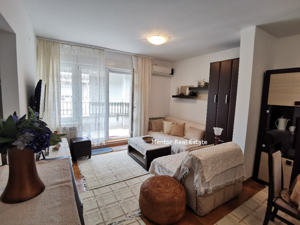 Centre 60sqm lux apartment for rent