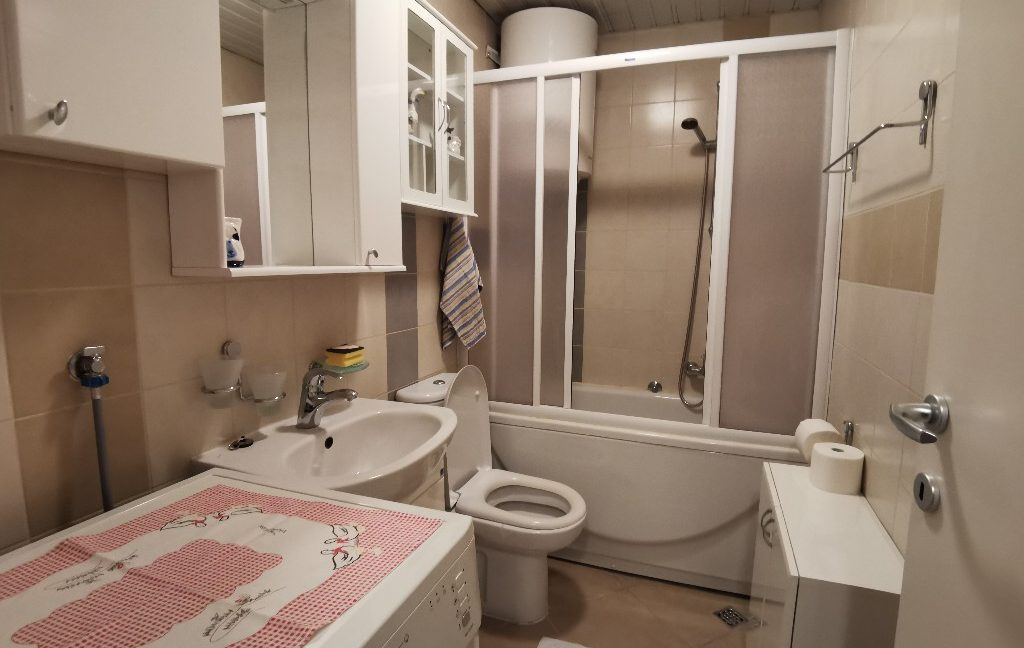 centre 60sqm lux apartment for rent (11)