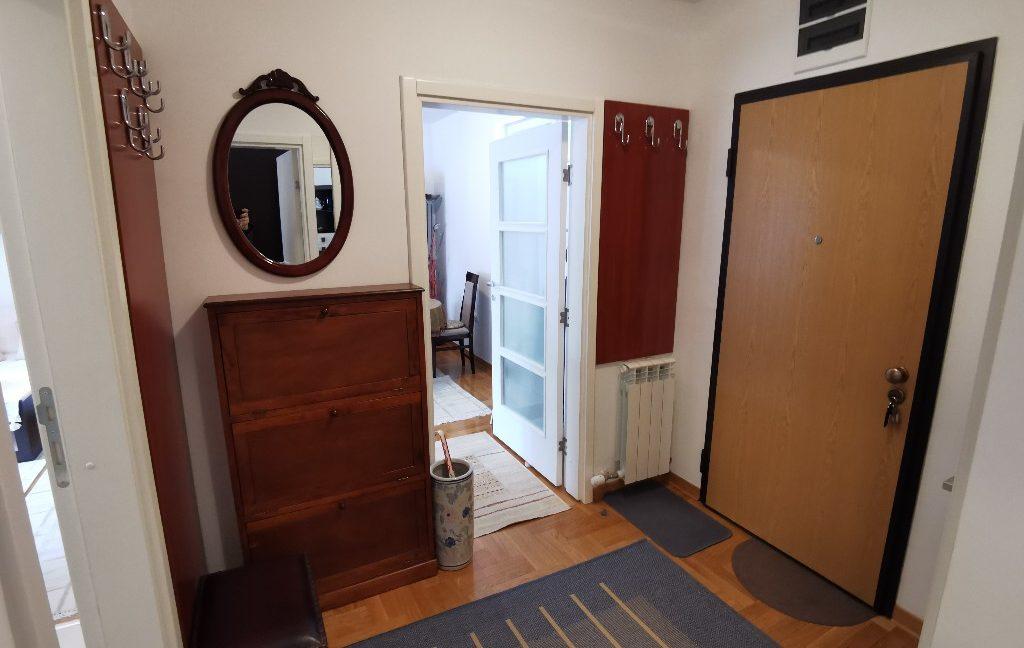 centre 60sqm lux apartment for rent (16)