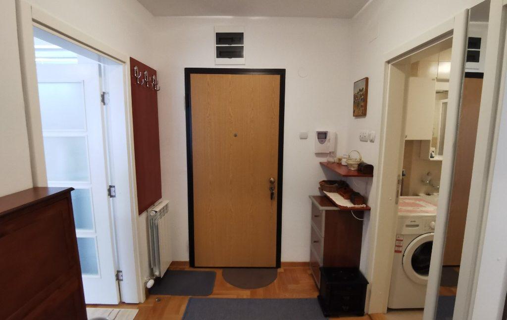 centre 60sqm lux apartment for rent (17)